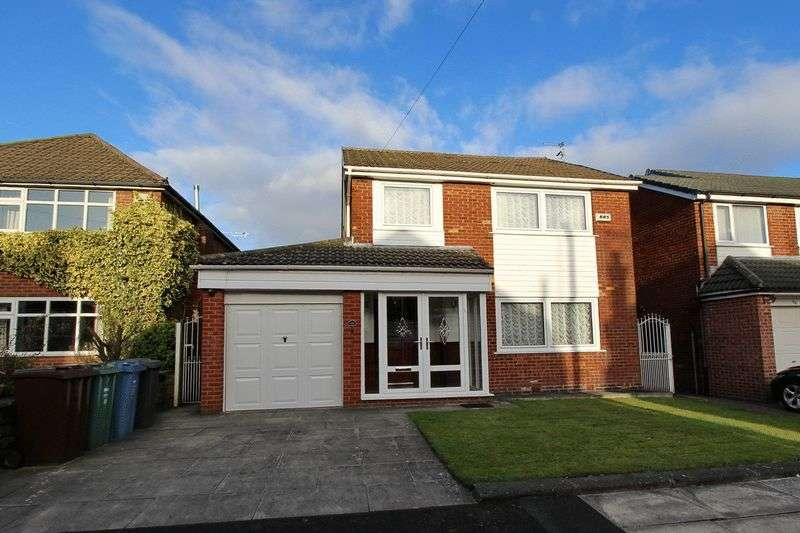 3 Bedrooms Detached House for sale in Linksway Drive, Unsworth, Bury