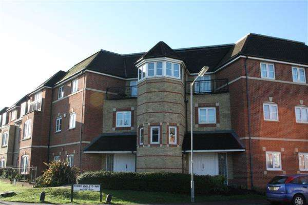 2 Bedrooms Apartment Flat for sale in Wellsfield, Bushey