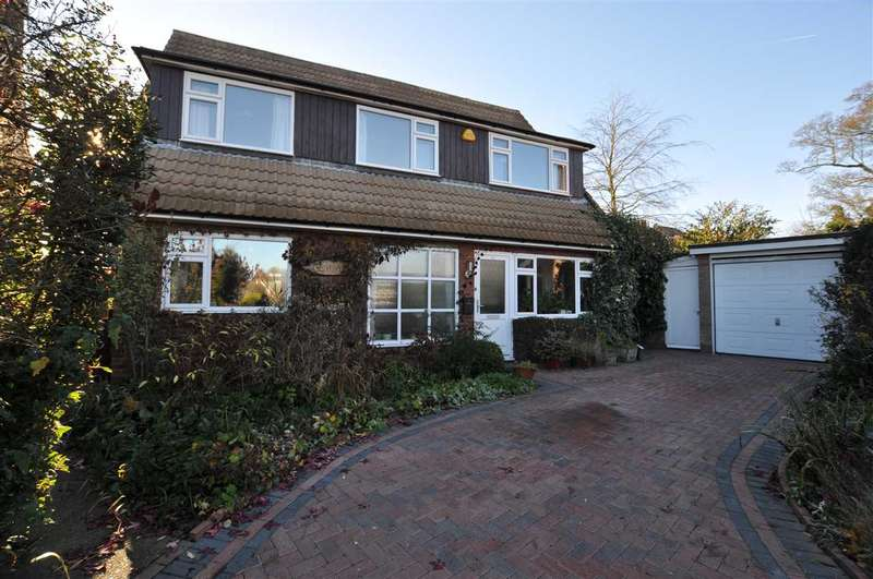 4 Bedrooms Detached House for sale in Romans Way, Chelmsford