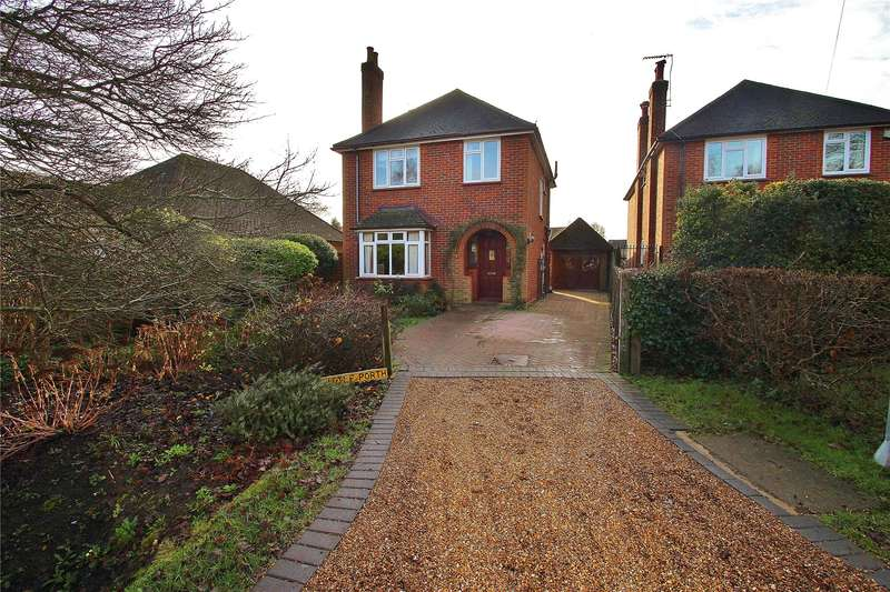 3 Bedrooms Detached House for sale in Viggory Lane, Horsell, Surrey, GU21
