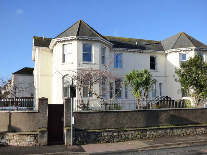 2 Bedrooms Flat for sale in Elmsleigh Road, Paignton