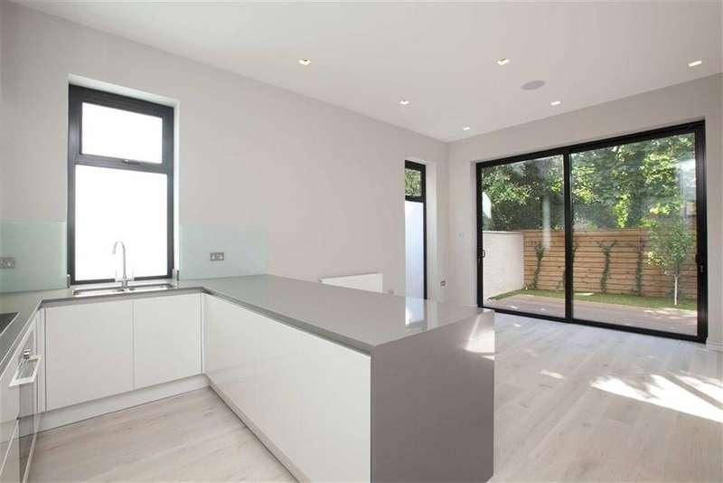 2 Bedrooms Property for sale in Woodside Grange Road, Woodside Park, London, N12