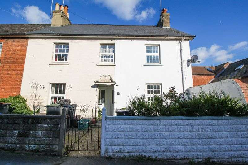 3 Bedrooms Terraced House for sale in Damory Street, Blandford Forum.