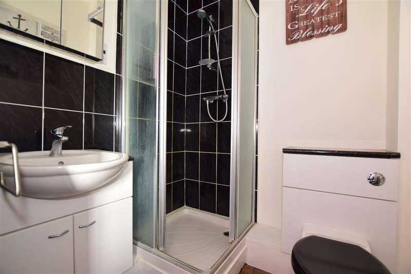 2 Bedrooms Terraced House for sale in Sage Court, Maidstone, Kent