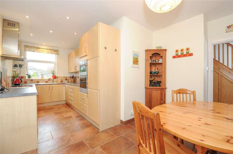 4 Bedrooms Semi Detached House for sale in Lowlands Road, Pinner, Middlesex, HA5