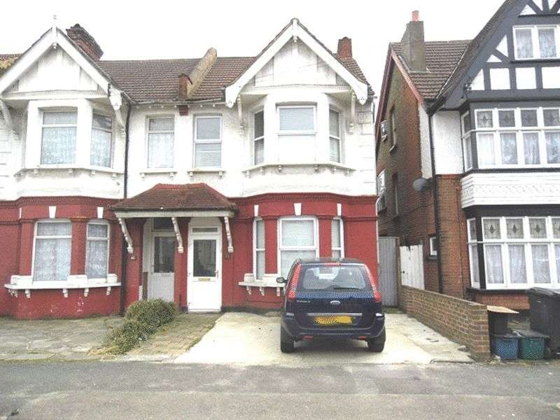 4 Bedrooms Semi Detached House for sale in Broughton Road THORNTON HEATH Surrey