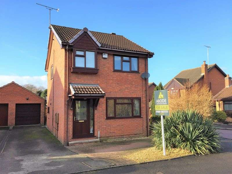 3 Bedrooms Detached House for sale in Lark Rise, Uttoxeter