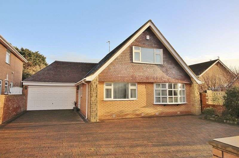 3 Bedrooms Detached Bungalow for sale in Blenheim Road, Ainsdale