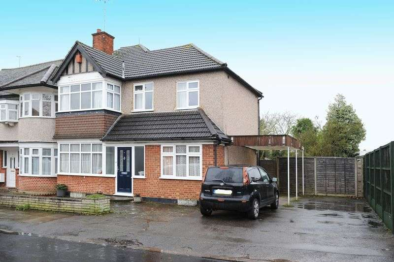 4 Bedrooms Semi Detached House for sale in Ashburton Road, Ruislip