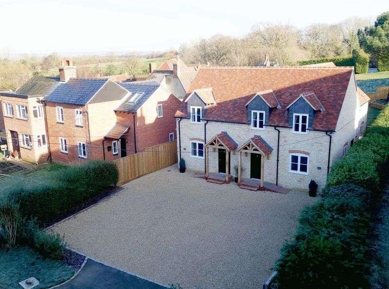4 Bedrooms Semi Detached House for sale in Tiddington, Oxfordshire