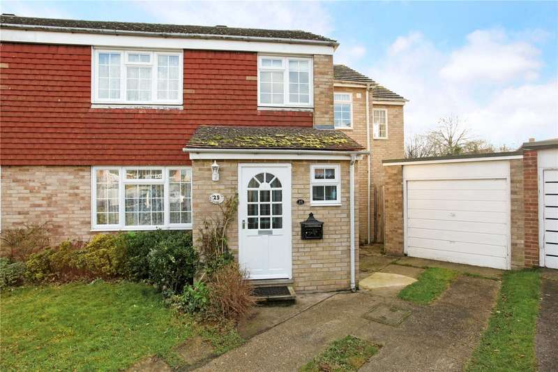 4 Bedrooms Semi Detached House for sale in Holly Crescent, Windsor, Berkshire, SL4