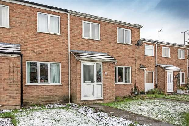 3 Bedrooms Terraced House for sale in Charmfield Road, Aylesbury, Buckinghamshire