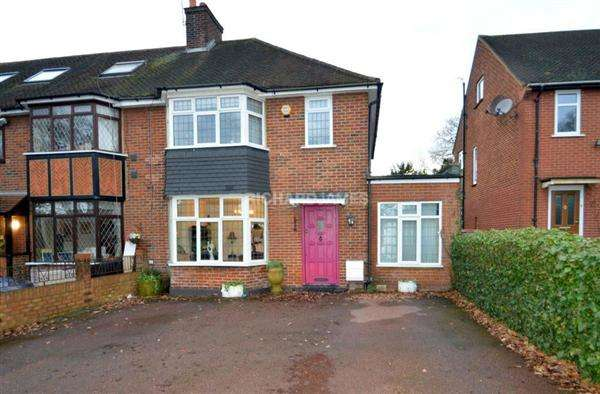 4 Bedrooms Semi Detached House for sale in Flower Lane, Mill Hill