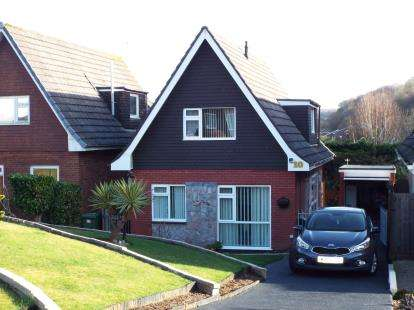 2 Bedrooms Detached House for sale in Hooe, Plymouth, Devon