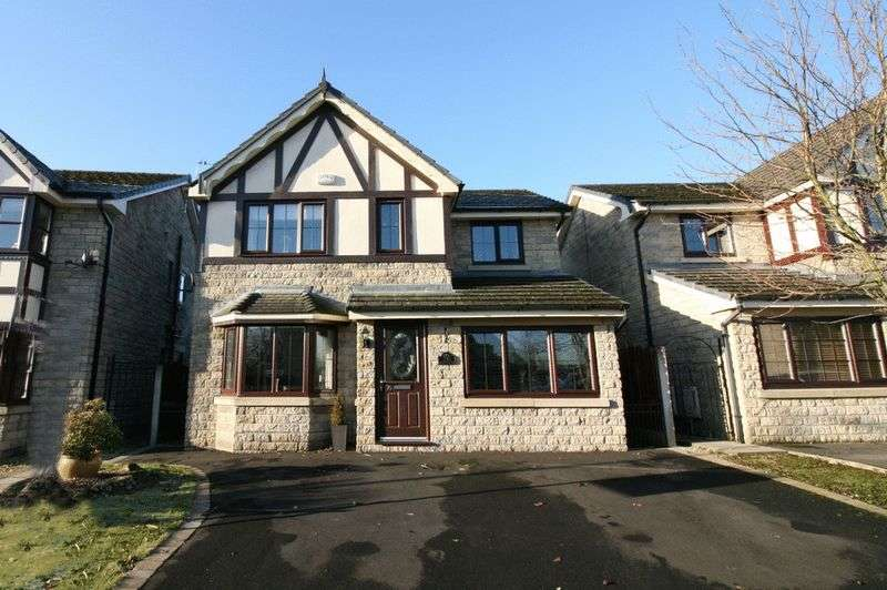 4 Bedrooms Detached House for sale in Highclove Lane, Boothstown Worsley Manchester