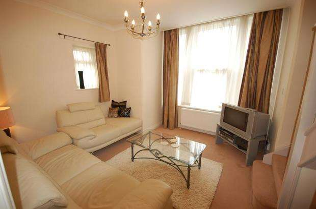 2 Bedrooms Maisonette Flat for sale in Boscombe, Bournemouth, Dorset, BH5