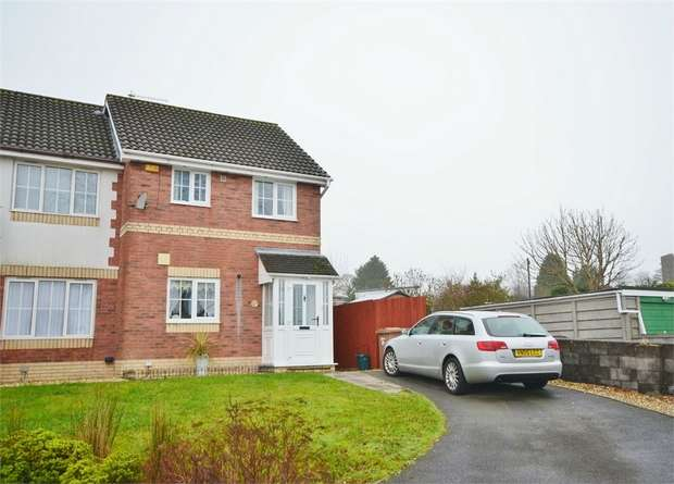 2 Bedrooms Semi Detached House for sale in High Close, Nelson, TREHARRIS, Caerphilly
