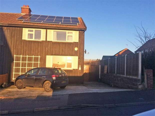 3 Bedrooms Semi Detached House for sale in Norway Crescent, Harwich, Essex