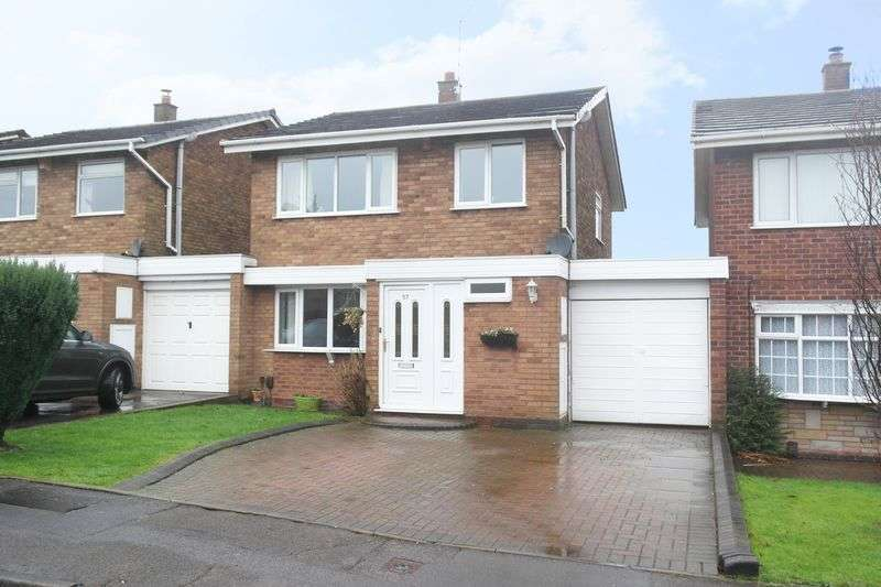 3 Bedrooms Detached House for sale in Leigh Close, Walsall