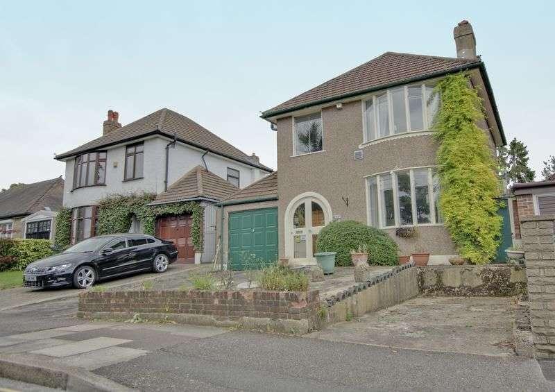 3 Bedrooms Detached House for sale in Glenlea Road, Eltham SE9
