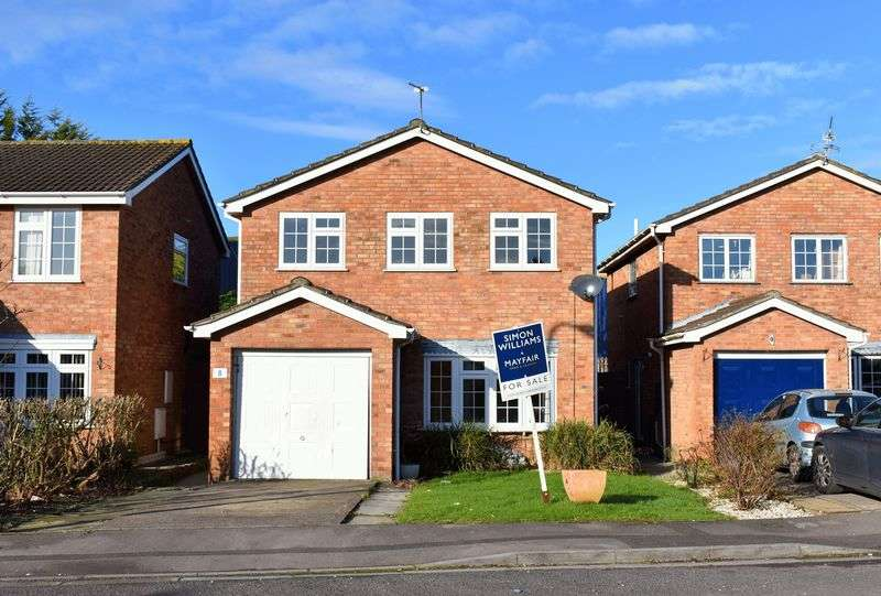 4 Bedrooms Detached House for sale in Substantial four bedroom detached house