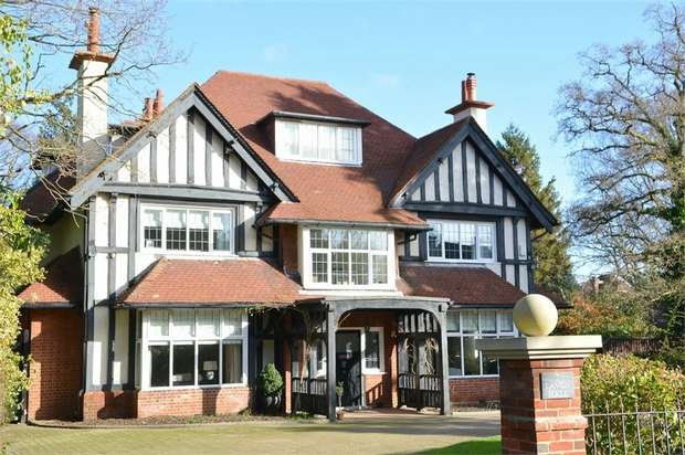 6 Bedrooms Detached House for sale in Talbot Woods, Bournemouth, Dorset