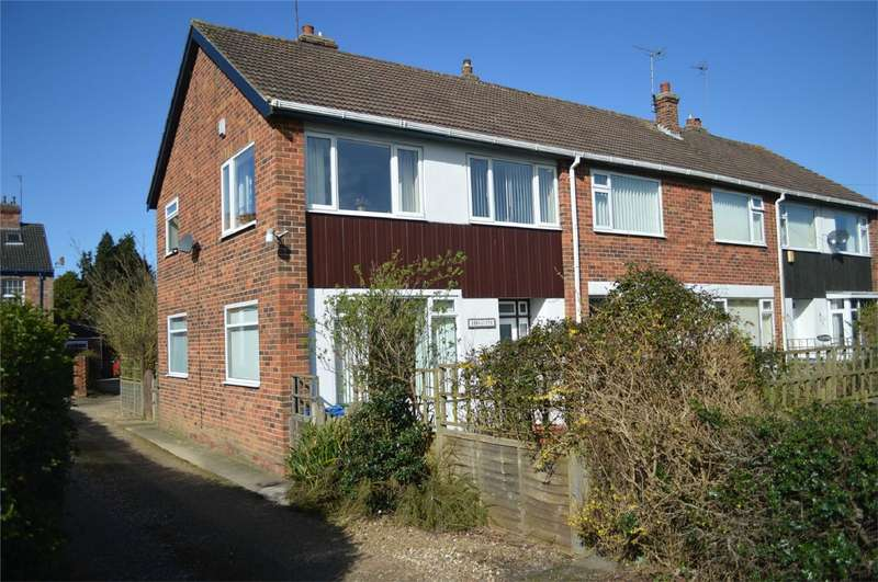 3 Bedrooms End Of Terrace House for sale in Arncliffe, Atwick Road, Hornsea, East Riding of Yorkshire