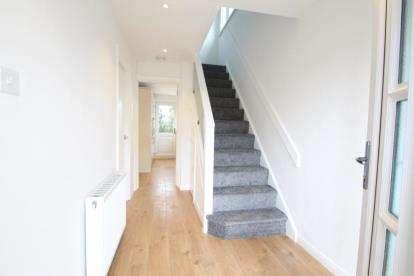 3 Bedrooms Semi Detached House for sale in Merkland Drive, Kirkintilloch, Glasgow, East Dunbartonshire