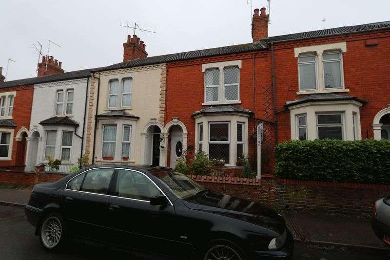3 Bedrooms Terraced House for sale in Windsor Street, Milton Keynes