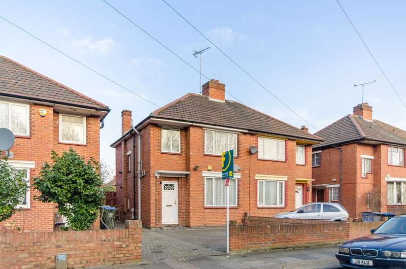 3 Bedrooms Semi Detached House for sale in Queensbury Road, Alperton, HA0