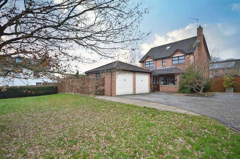 4 Bedrooms Detached House for sale in Candwr Park, Newport