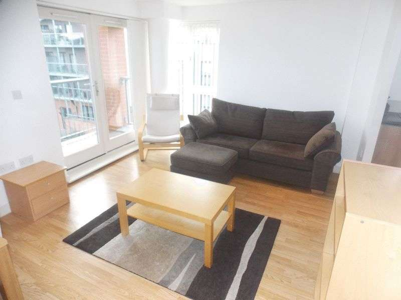 2 Bedrooms Flat for sale in Two bedroom modern apartment in sought after development in Bow with parking