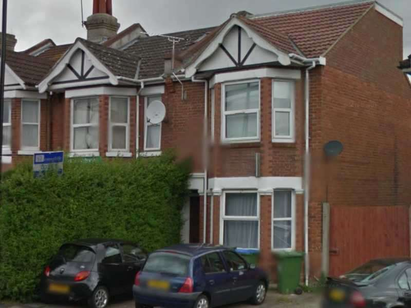 7 Bedrooms House for rent in Portswood Road, Southampton, SO17 2LD