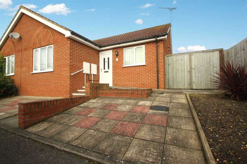 2 Bedrooms Bungalow for sale in Eldred Close, Ipswich