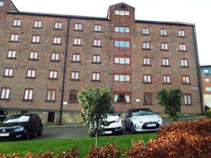 2 Bedrooms Flat for sale in Milk Market, Newcastle-Upon-Tyne, Tyne and Wear, NE1