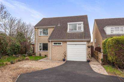 4 Bedrooms Detached House for sale in Kewstoke, Weston-Super-Mare, Somerset