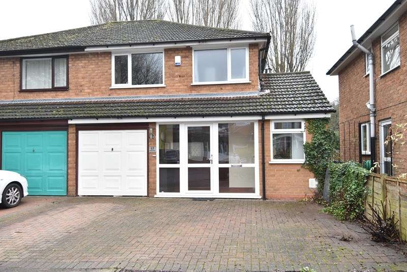 3 Bedrooms Semi Detached House for sale in Chapel Walk, Kings Norton, Birmingham