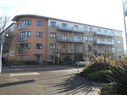 1 Bedroom Flat for sale in Rollason Way, Brentwood, Essex
