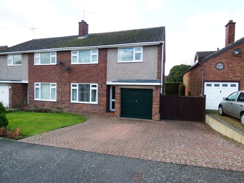 3 Bedrooms Semi Detached House for sale in St Marys Road, Southam