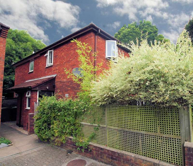 2 Bedrooms Semi Detached House for sale in Marsh Close, Marsh Mills, PL6 8LN