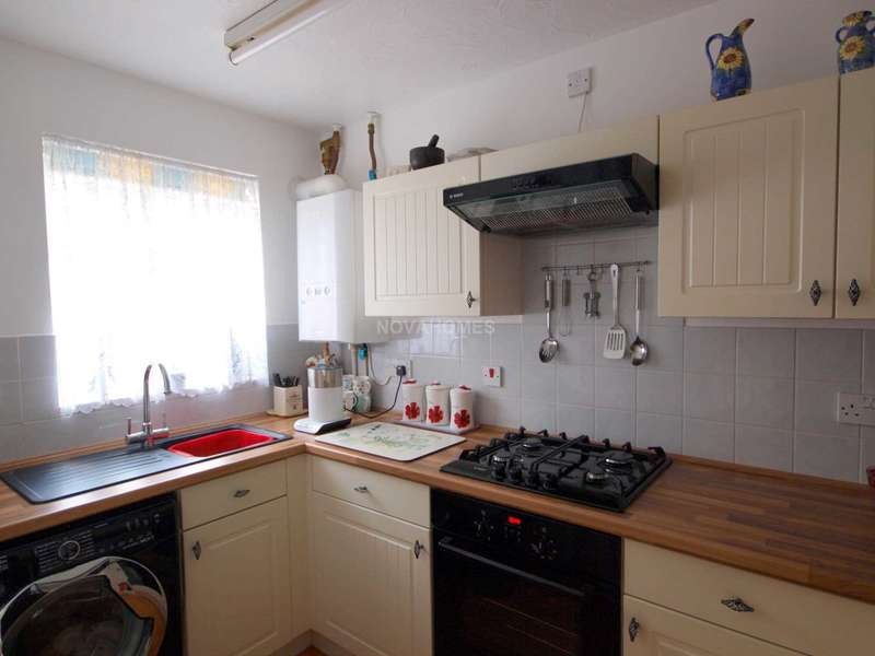 2 Bedrooms Terraced House for sale in Callington, PL17