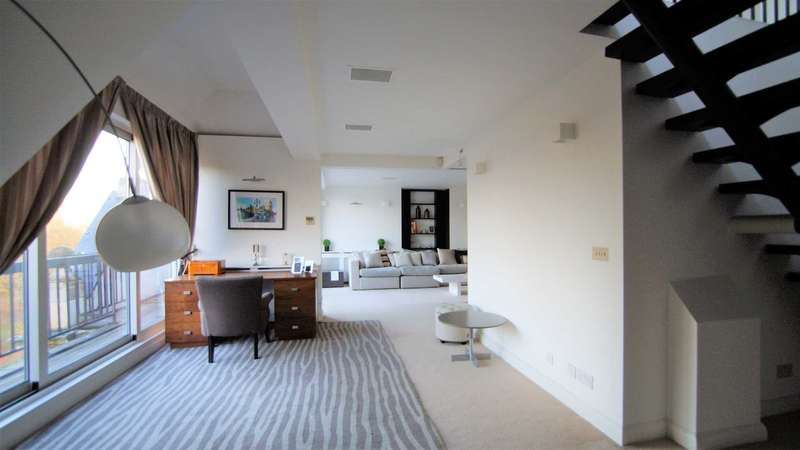 3 Bedrooms Penthouse Flat for sale in Knightsbridge, London