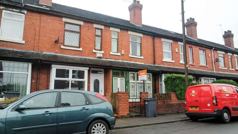 2 Bedrooms Terraced House for sale in Erskine Street, Dresden, Stoke-On-Trent, ST3 4NJ