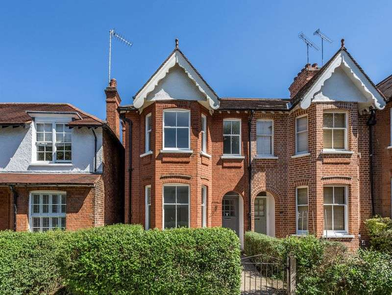 3 Bedrooms Terraced House for sale in Brunner Road, Ealing, London, W5