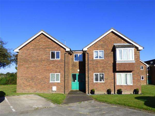 1 Bedroom Apartment Flat for sale in Blackmore Road, Shaftesbury
