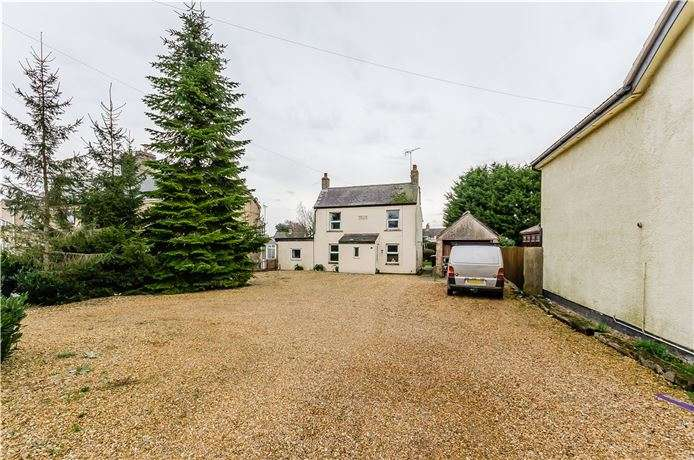 4 Bedrooms Detached House for sale in Ely Road, Littleport, Ely