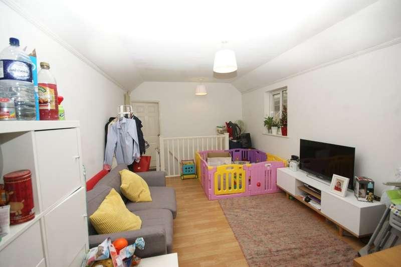 1 Bedroom Flat for sale in Pinner Road, Pinner