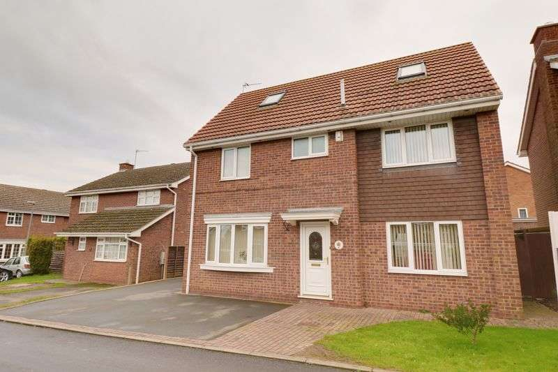 5 Bedrooms Property for sale in Prince Charles Drive, Barton-Upon-Humber