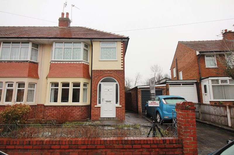 3 Bedrooms House for sale in 7 Rutland Avenue, Poulton-Le-Fylde, FY6 7SB