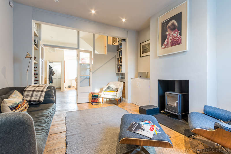 2 Bedrooms Terraced House for sale in Southampton Way, Camberwell, SE5